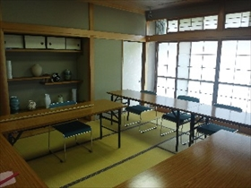 教養娯楽室