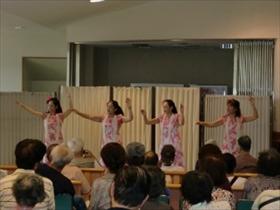 夏のフラダンスショー